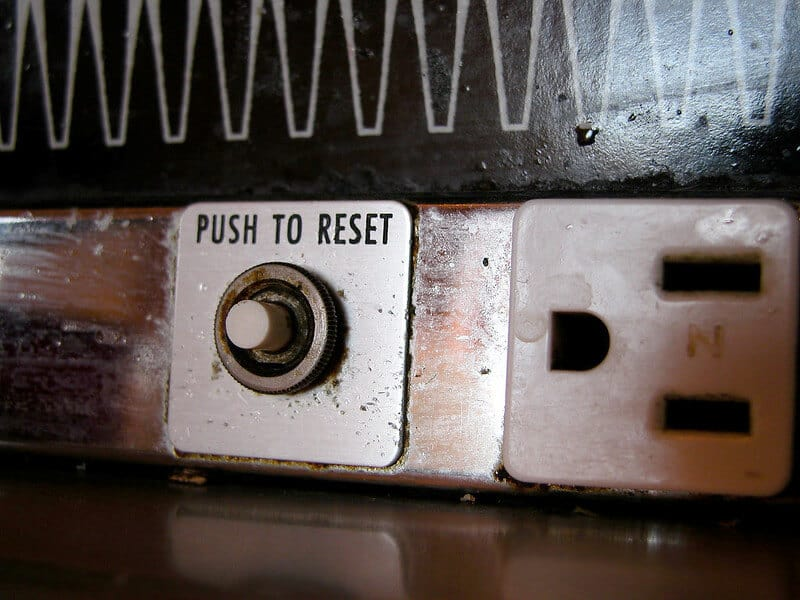 5-simple-ways-to-reset-arduino
